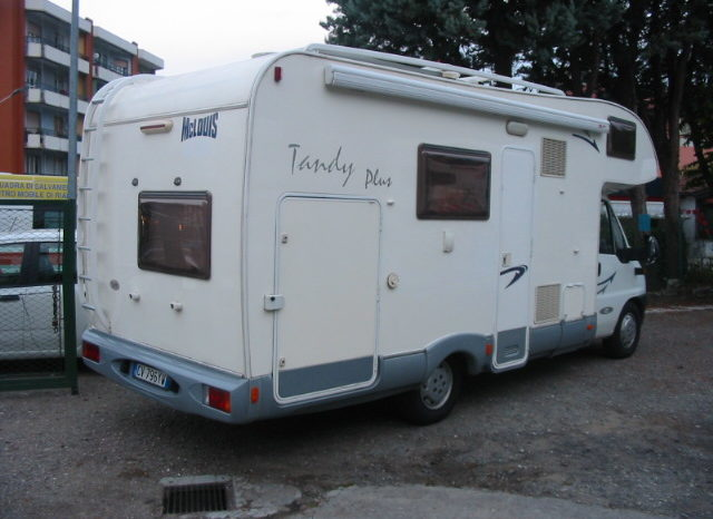 MC LOUIS TANDY 620 PLUS completo